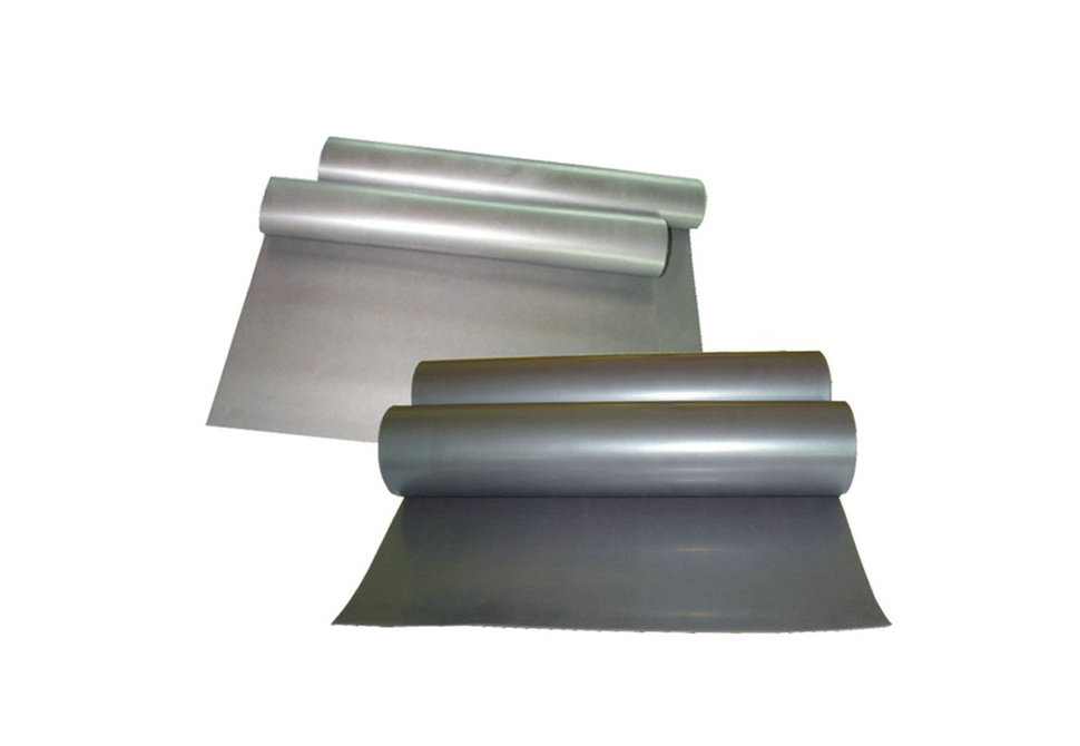 Magnetic receptive roll